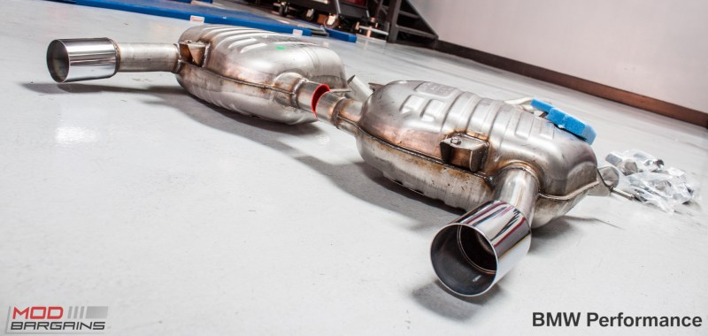 BMW_Performance_335i_E90_Exhaust-4