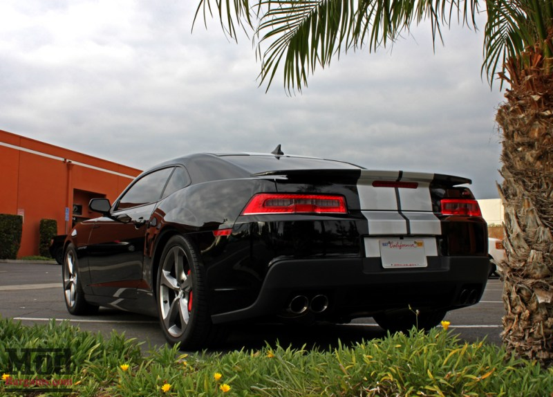 chevrolet-camaro-ss-2014-black-on-bc-coilovers-mgp-caliper-covers-008
