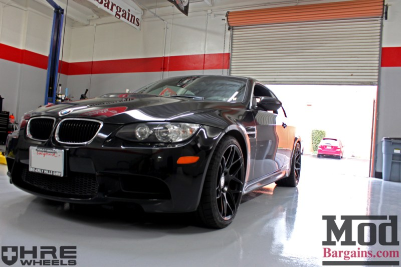 black-bmw-e93-on-black-hre-ff01-wheels-img002