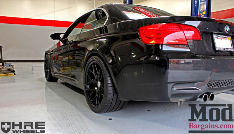 black-bmw-e93-on-black-hre-ff01-wheels-img006