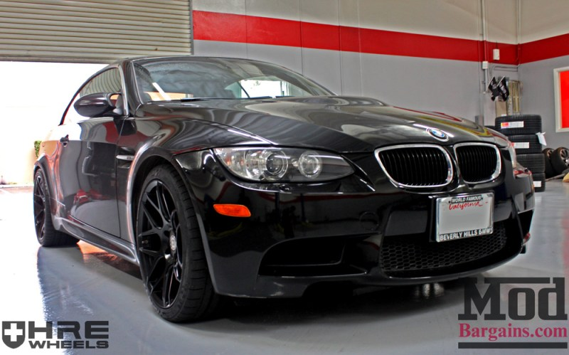 black-bmw-e93-on-black-hre-ff01-wheels-img010