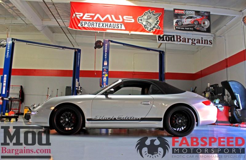 Porsche_997_Carrera_S_black_ed_Fabspeed_Maxflo_Mufflers_P997.SOUT_IMG013