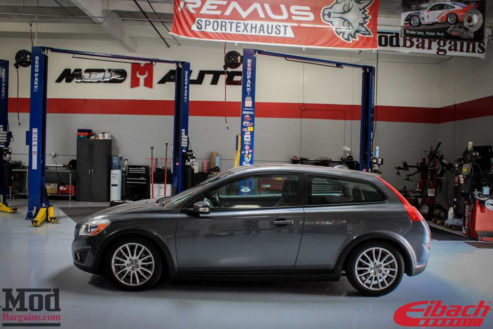 Quick Snap: Volvo C30 on Eibach Springs