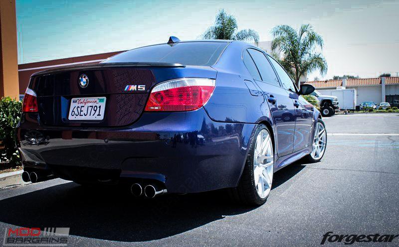 forgestar-f14-wheels-e60-m5-blue-4