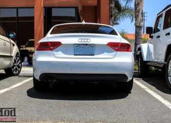 Audi_B8_A5_20T_AWE_Quad_Exhaust_Black_Tips_CF_Diffuser-1