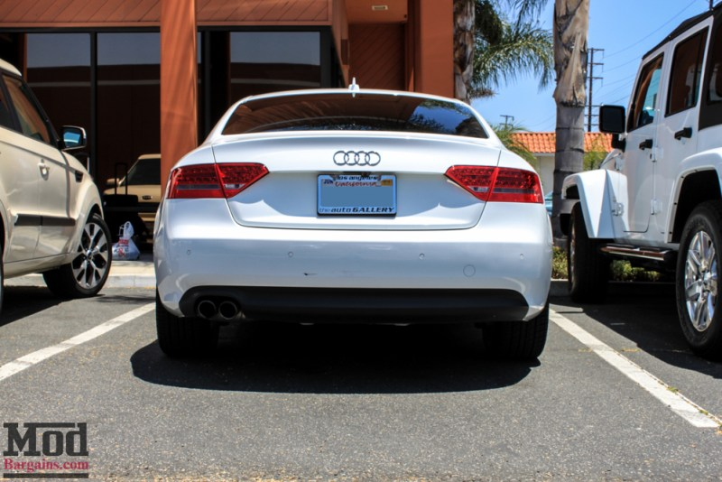 Audi_B8_A5_20T_AWE_Quad_Exhaust_Black_Tips_CF_Diffuser-1