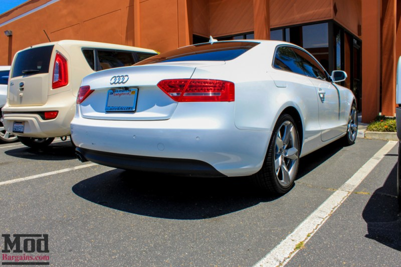 Audi_B8_A5_20T_AWE_Quad_Exhaust_Black_Tips_CF_Diffuser-2