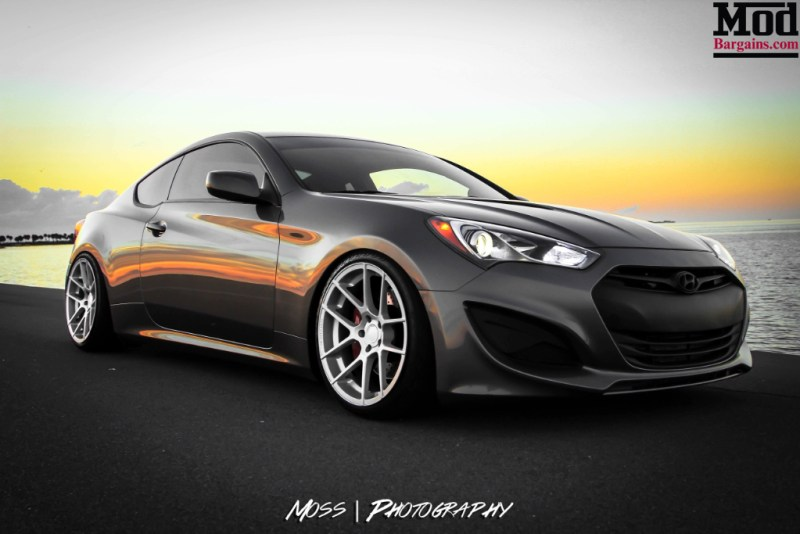 Hyundai Genesis Coupe with Avant Garde M510 Wheels