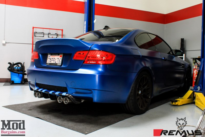 BMW_E92_Frozen_Blue_M3_Remus_US_RACE_CF_Lip_CSL_details-16