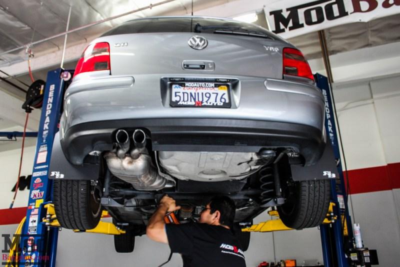 VW_Golf_GTI_Mk4_VR6_MagnaflowCatback_install-0