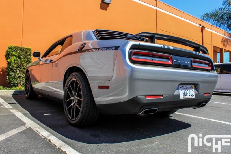 Dodge_Challenger_Niche_Wheels_Targa-6