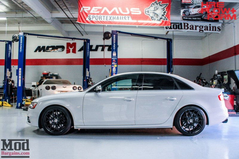 Audi_B85_Audi_S4_HRE_FF01_Tarmac_AWE_Tuning_Black102mm_RS_grille-10