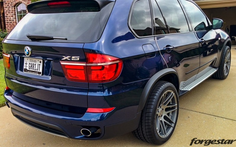 BMW_E70_X5_Forgestar_F14_GlossGunmetal_20x95et25_20x11et12_dunlop_img003
