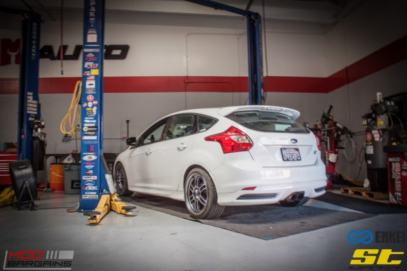Ford Focus ST 14 CX FMIC ST X Coilovers Enkei RPF-1 Steeda Rear Sway Milltek nonres (4)