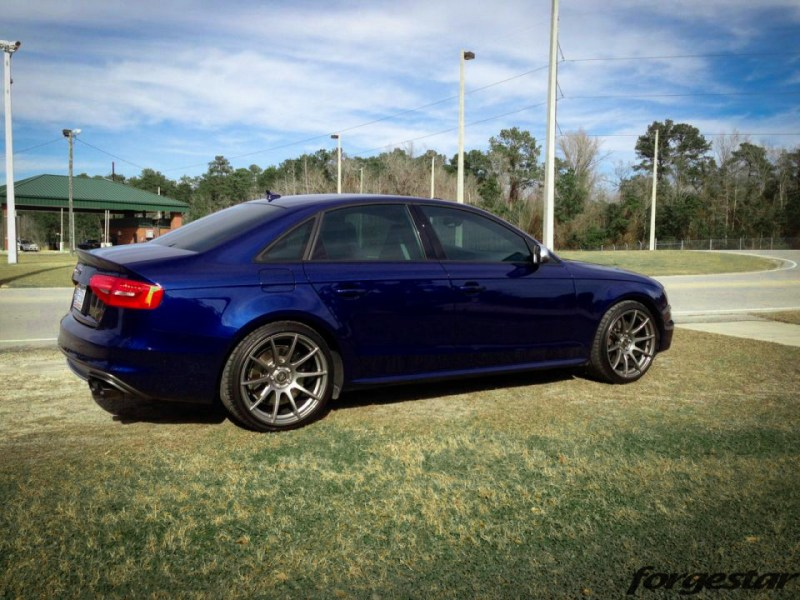 audi-b85-s4-estoril-blue-forgestar-cf10-gunmetal-19x95et40-1