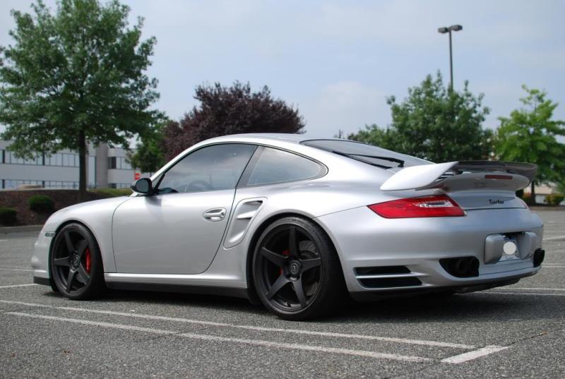 Porsche_997_Turbo_silver_Forgestar_CF5_MatteBlack_img001