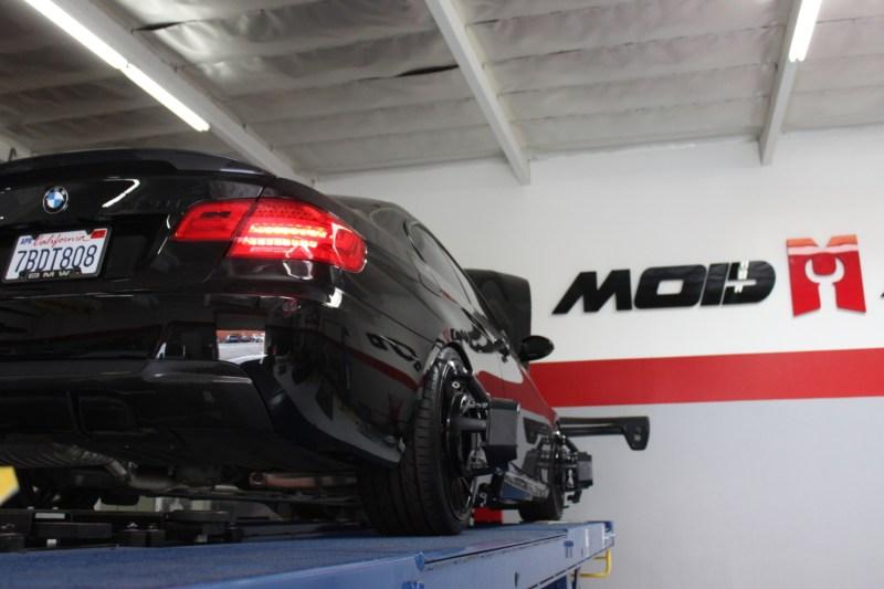 BMW_E92_328i_CF_Diffuser_Alignment_Black (3)