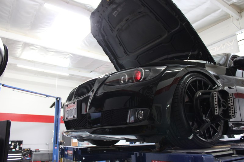 BMW_E92_328i_CF_Diffuser_Alignment_Black (7)