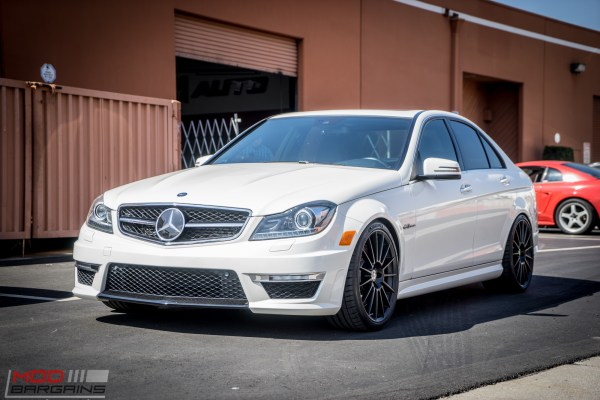 W204 Mercedes C63 AMG on HRE FF15s Tries New Michelin Pilot 4S Tires