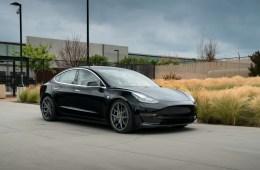 Tesla Model 3 Avant Garde M580 Kingsport Gray, front