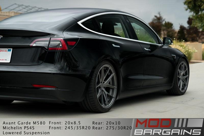 Tesla Model 3 Avant Garde M580 Kingsport Gray, rear
