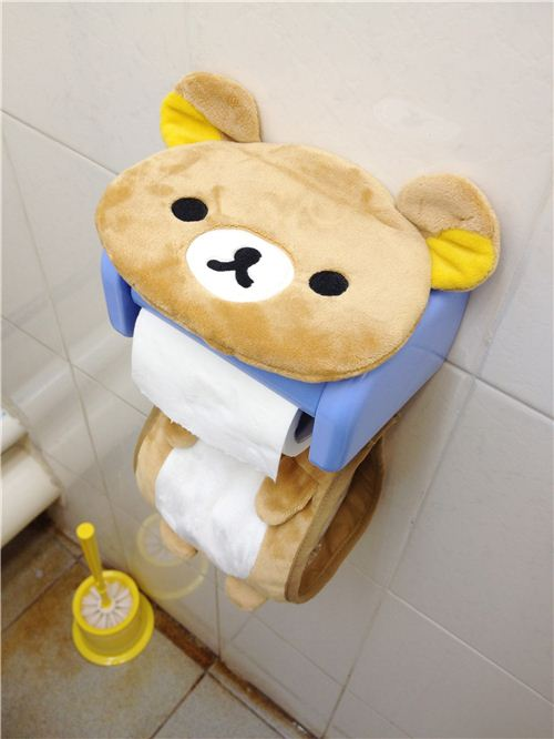 The brown bear Rilakkuma toilet paper holder