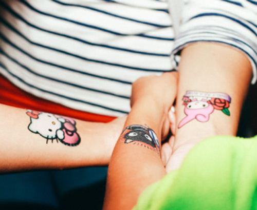 Visitors can get kawaii temporary tattoos with their favorite Sanrio characters.