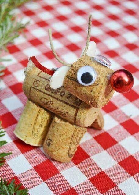 Super cute cork reindeer on Pinterest
