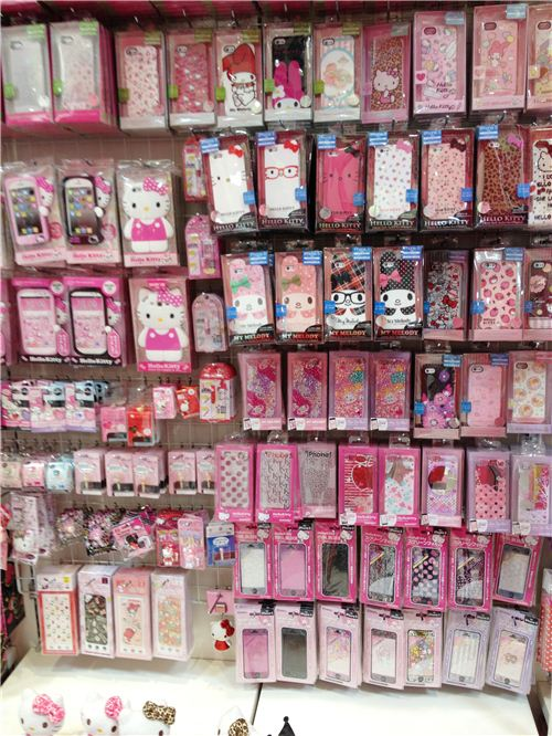 so many cute Hello Kitty and My Melody phone covers