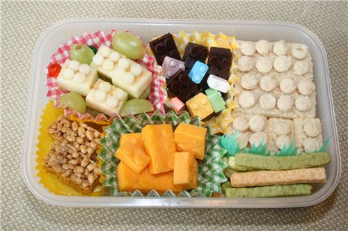 Build it up - funny building brick bento by shiegra