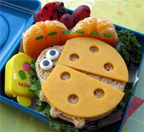Super cute ladybug bento sandwich by Susan Yuen
