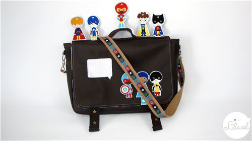 On the French blog Le Petit Monde de Lilaxel we saw this super cool school bag made with our SUper Kids fabric