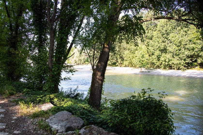 Il fiume Serio, a Crema (Cr), il luogo scelto da Eswari per il suo ritratto
