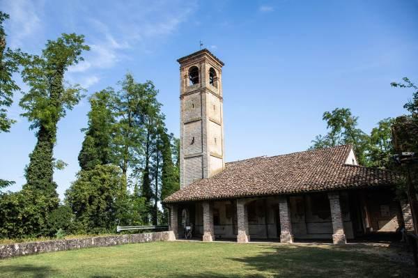 """Il Santuario del Marzale a Ripalta Vecchia (Cr) il luogo scelto da Michela per il suo ritratto per il progetto """"Donne di Crema"""" (C)Monica Monimix Antonelli"""
