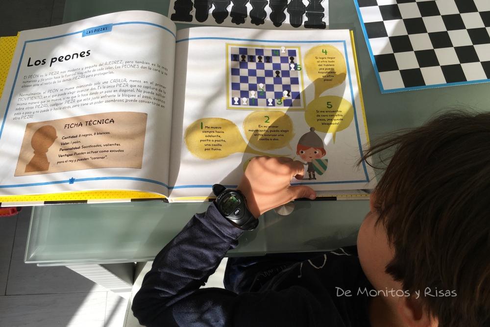 "Leyendo ""Mi primer ajedrez"""