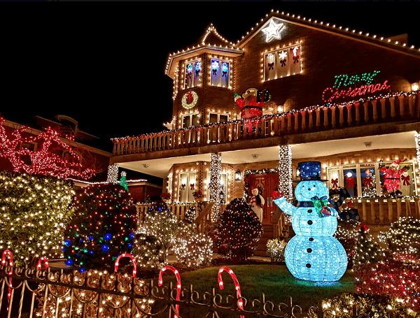 decoração de Natal nas fachadas luzes