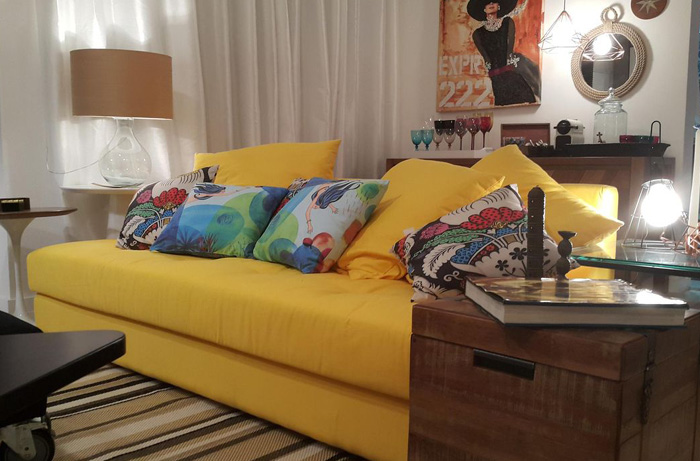 sofás coloridos amarelo