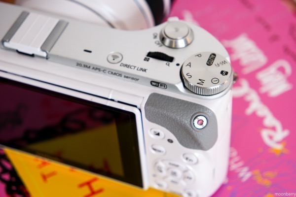 Samsung NX300M - The Moonberry Blog