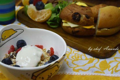 【麥片食譜】用堅果燕麥片 做出超豐盛早午餐!