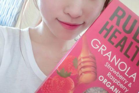 【 麥片女孩 妍妍 】又美又時尚,Rude Health 草莓覆盆子燕麥穀片