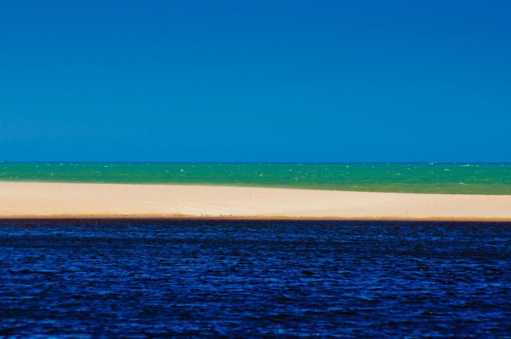 Lagoa e Praia de Bela Vista, Marataízes, Espírito Santo