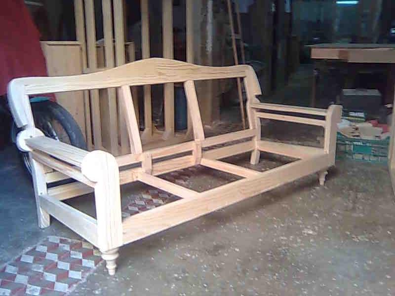 C mo examinamos un sof blog - Sofas de madera de pino ...