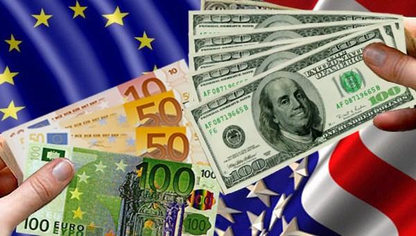 Cambio Euro / Dólar al mínimo. ¿Cómo afecta a la industria del mueble?