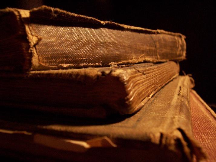 Historia del Mueble. (Grecia y Roma)