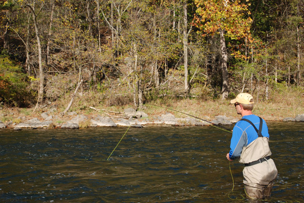 Cooling bass rivers for Fly fishing classes near me