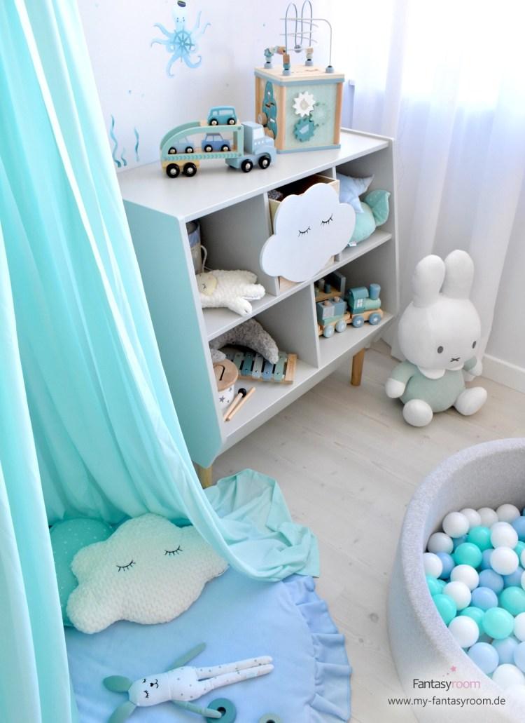 Spielzimmer für Jungen in Mint und Hellblau