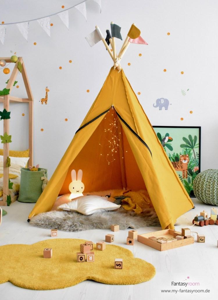 Kinderzimmer Tipizelt in Senfgelb von Roommate und passende Deko