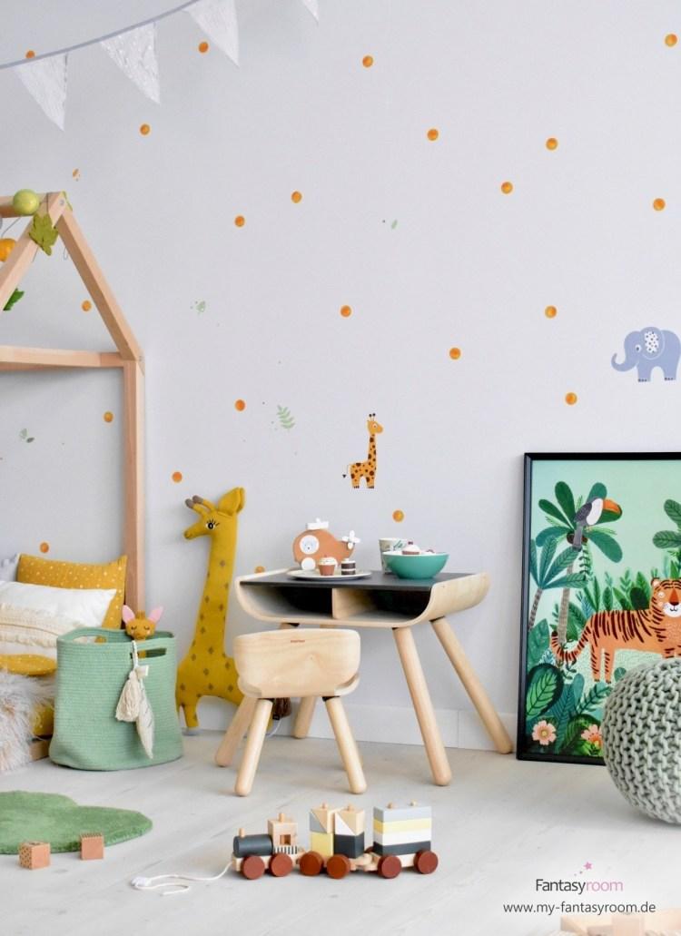 Wandsticker Safari und Punkte im Kinderzimmer mit Dschungelthema