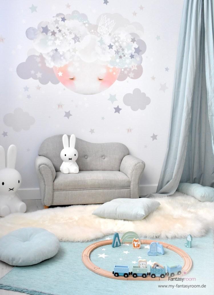 Jungenzimmer mit Stofftattoo 'Schlafender Mond' in Grau und Mint