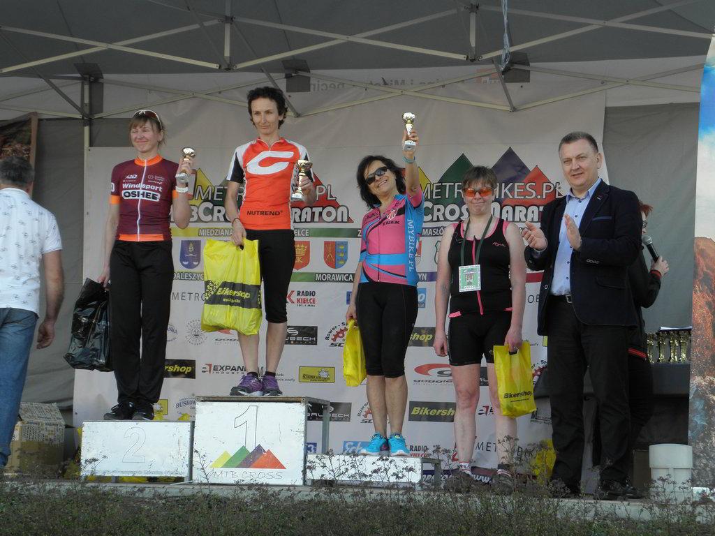 Grażyna na 3. stopniu podium